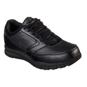women's black slip resistant shoe