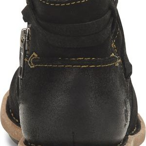 women's distressed leather black boot