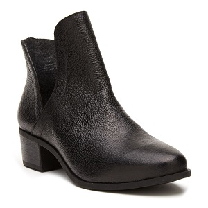 women's black smooth leather bootie