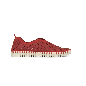 women's red athleisure shoe